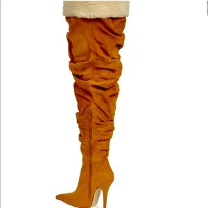 Almost new thigh high suede boots,JeffreyCampbell